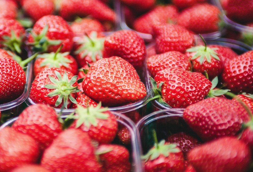 Zero calorie foods to help you lose weight strawberries
