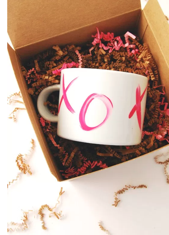 DIY Valentines Day Gifts Kisses Mug
