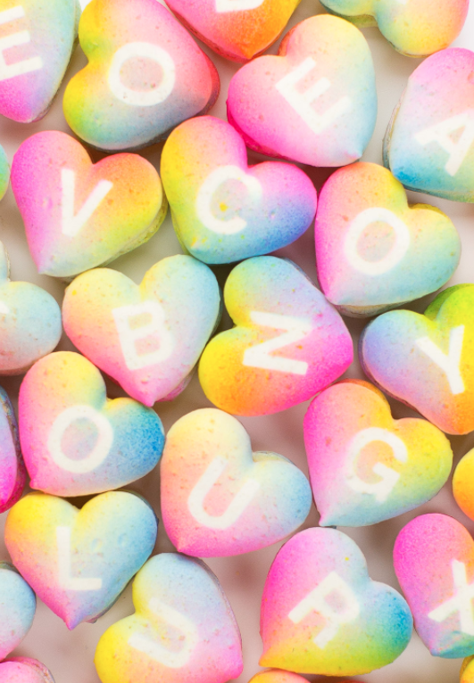DIY Valentines Day Gifts Ombre Macarons