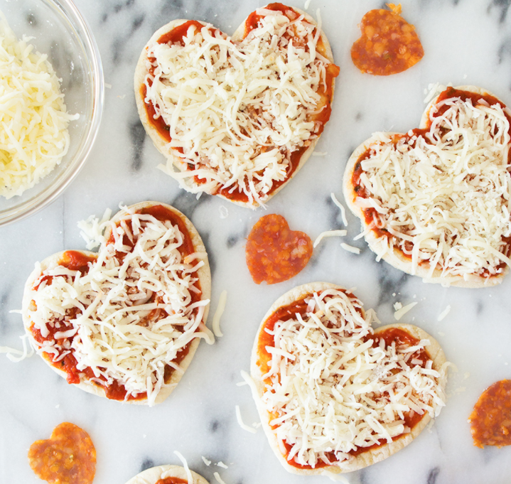 DIY Valentines Day Gifts Heart Pizzas