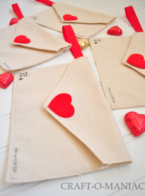 DIY Valentines Day Gifts Fabric Envelopes