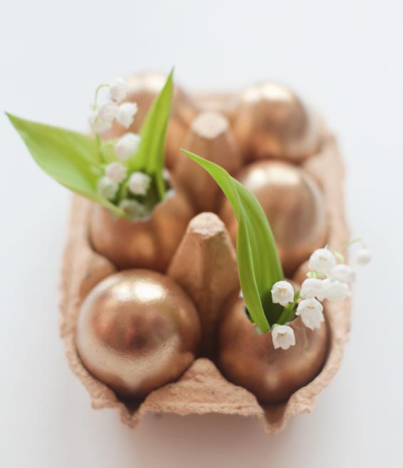 DIY Easter Craft Ideas gold eggs
