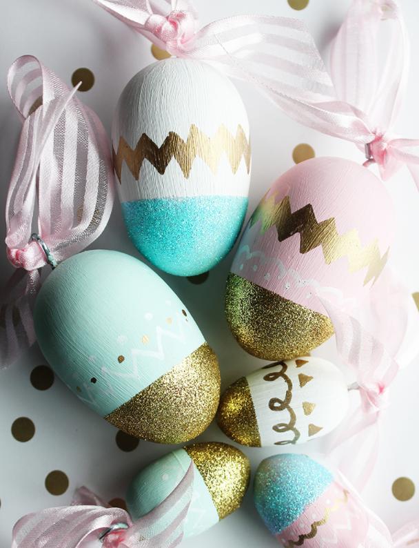 DIY Easter Craft Ideas Glittery Eggs