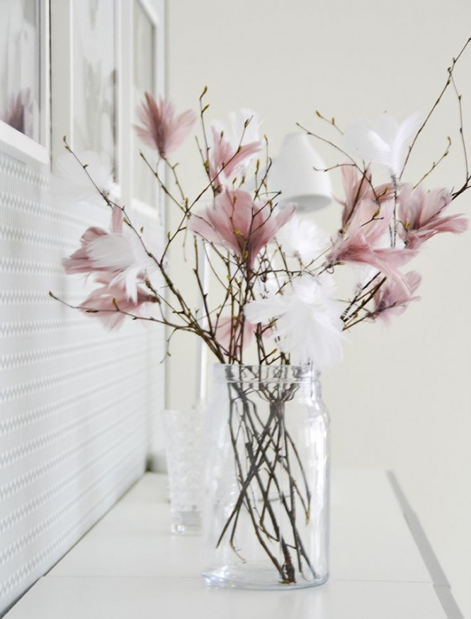 DIY Spring Decor Feather Tree