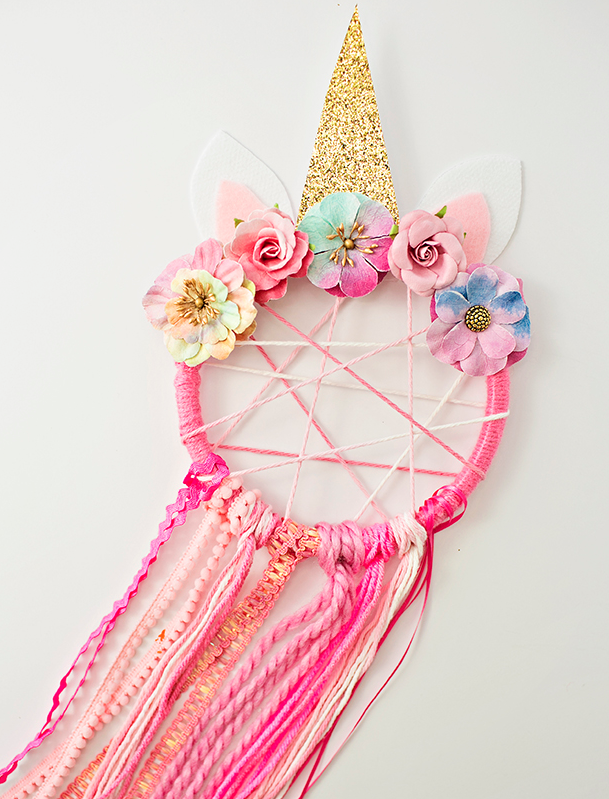DIY Spring Decor Unicorn Dream Catcher
