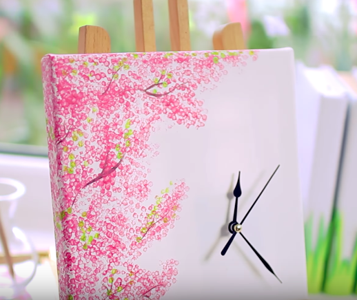 DIY Spring Decor Cherry Blossom Clock